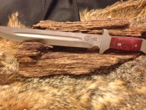 9101506 Case Hunting Knife. Stainless Steel Blade with Wood/Stainless Handle. No Sheath. Overall Length: 15